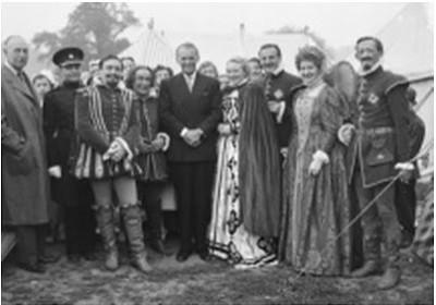 Anne, Webster and Douglas Fairbanks Junior - Merrie England, Luton Hoo (1953)